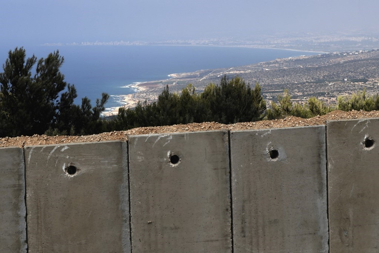 هآرتس: إسرائيل ولبنان ستبدأن بمفاوضات رسمية حول الحدود البحرية