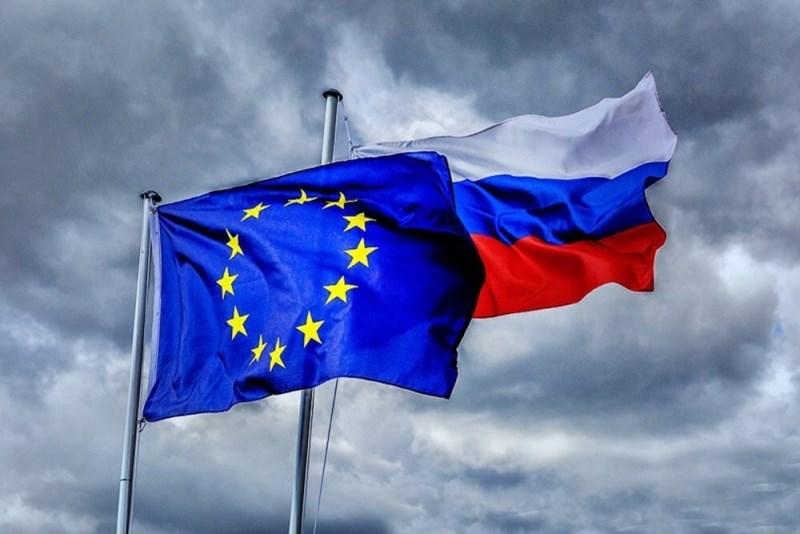 وزراء الخارجية لدول الاتحاد الأوروبي اتخذوا قراراً سياسياً لفرض إجراءات تقييدية ضد المسؤولين عن تسميم نافالني