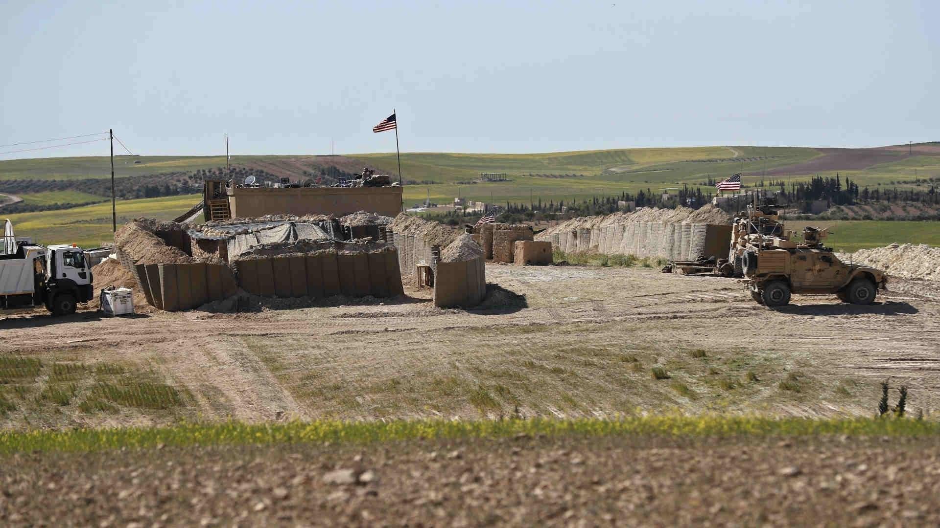 القوات الأميركية في ريف دير الزور