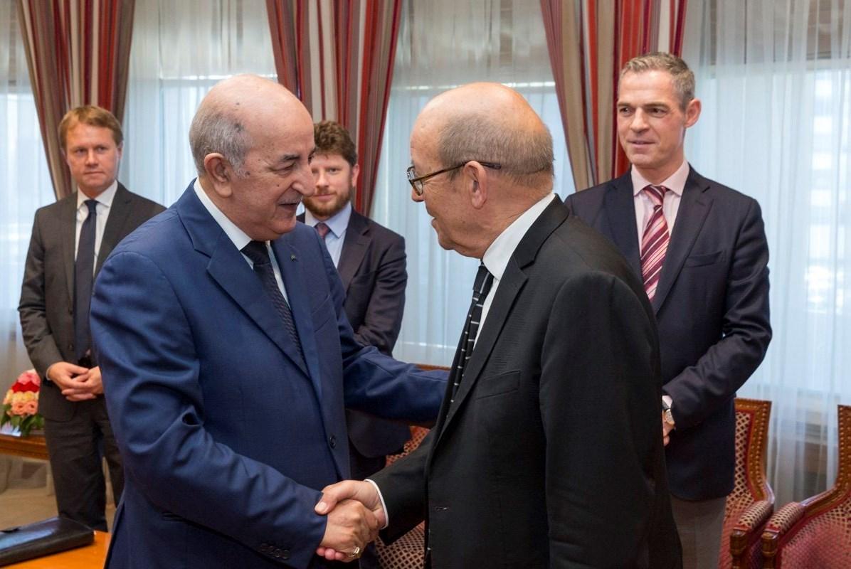 لو دريان الى الجزائر لبحث العلاقات الثنائية وملفات إقليمية