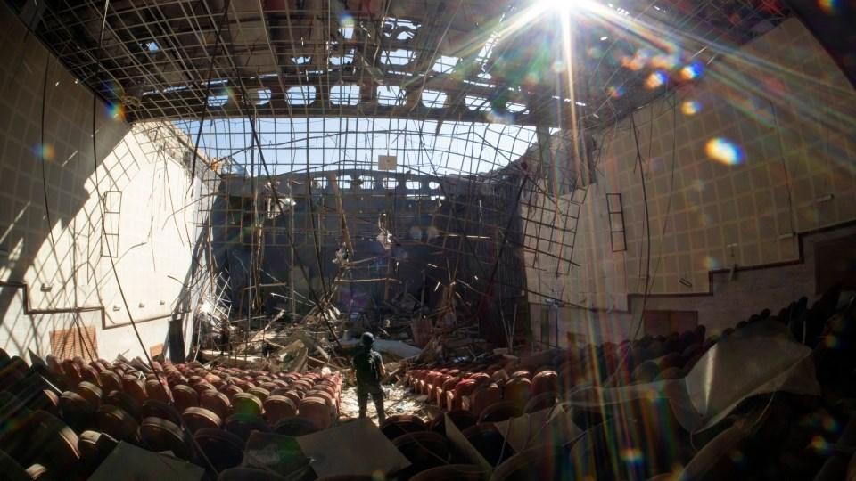 مركز ثقافي دمره القصف في شوشي عاصمة اقليم ناغورنو كاراباخ (أ ف ب).