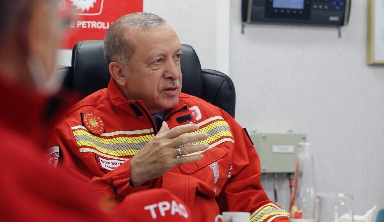 إردوغان: آمل أن ينخفض اعتمادنا الخارجي على الغاز الطبيعي بشكل كبير مع هذه الاكتشافات التي أعتقد أنها ستتواصل