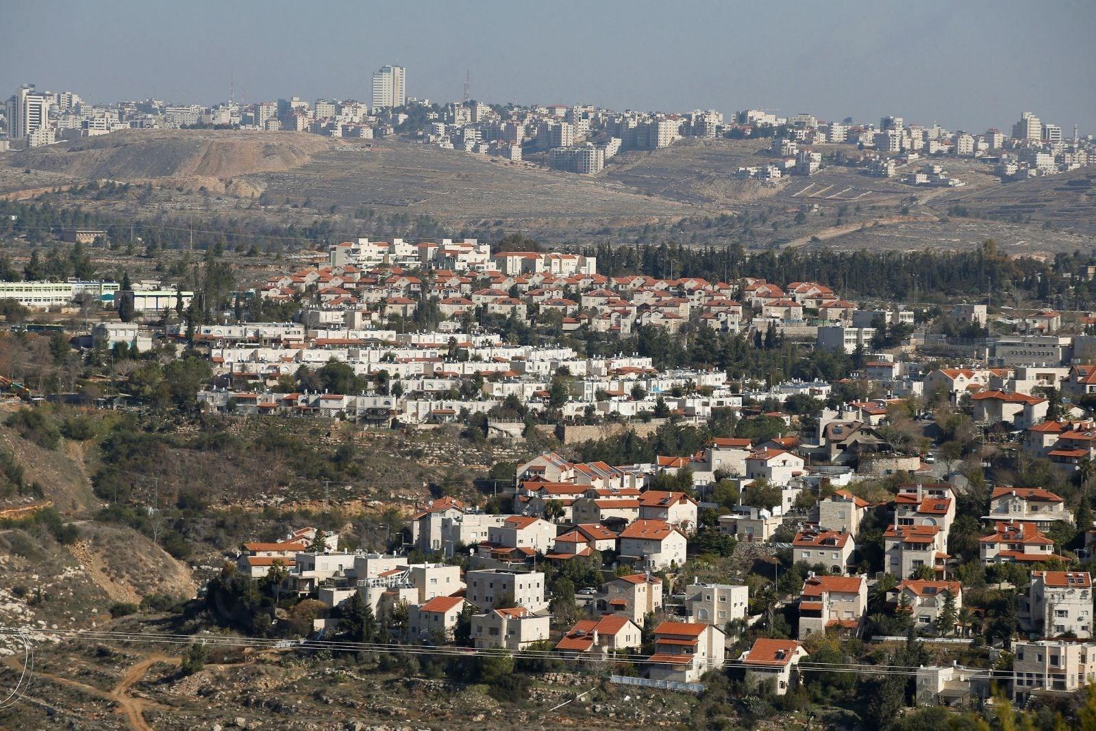 سلطات الاحتلال تعتزم بناء آلاف الوحدت الاستيطانية في الضفة الغربية