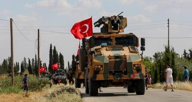 مصادر للميادين: الجيش التركي يبدأ بتفكيك أول نقطة مراقبة محاصرة له شمال حماة السورية