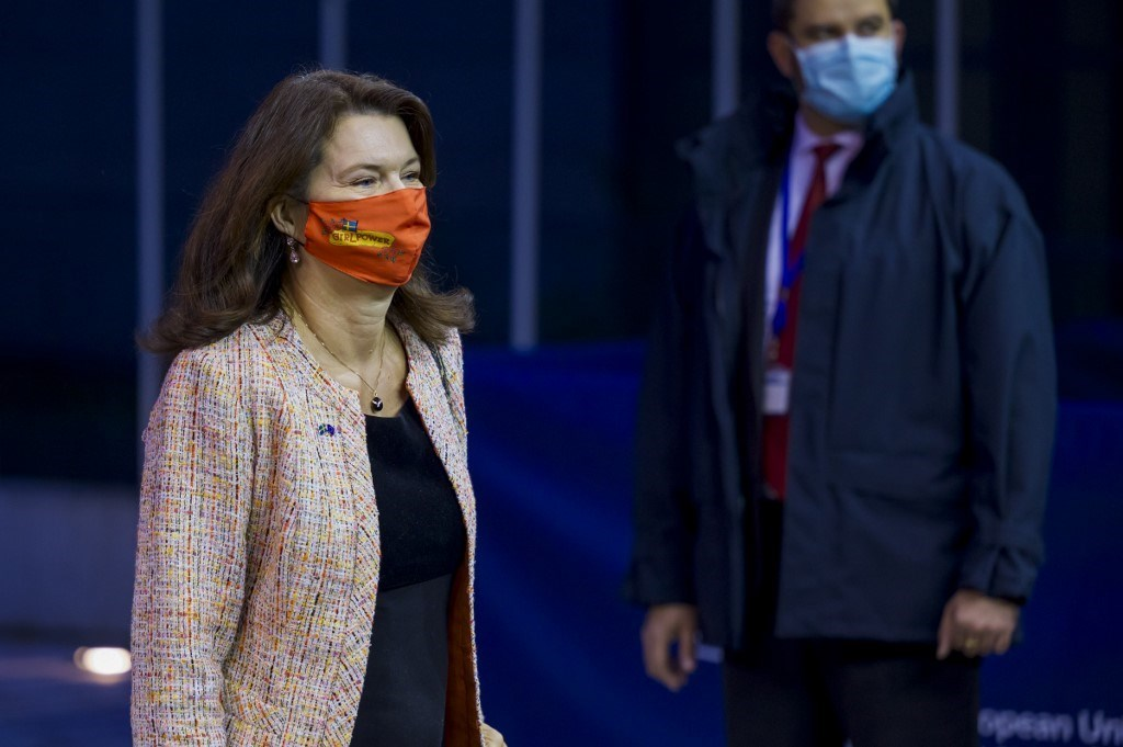 وزيرة خارجية السويد آن ليندي تصل إلى اجتماع مجلس الشؤون الخارجية للاتحاد الأوروبي (أ ف ب).