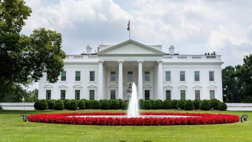 مراسل الميادين: جميع أفراد طاقم البيت الأبيض يخضعون لاختبار كورونا