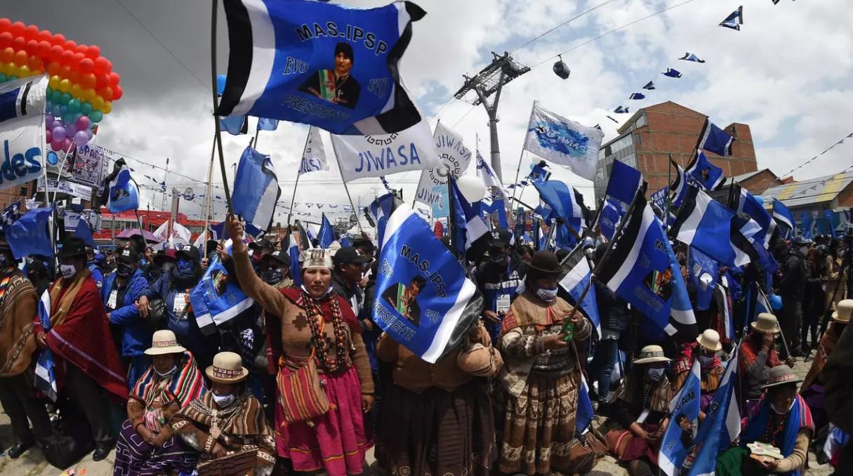مؤيدو مرشح اليسار للانتخابات الرئاسية في بوليفيا
