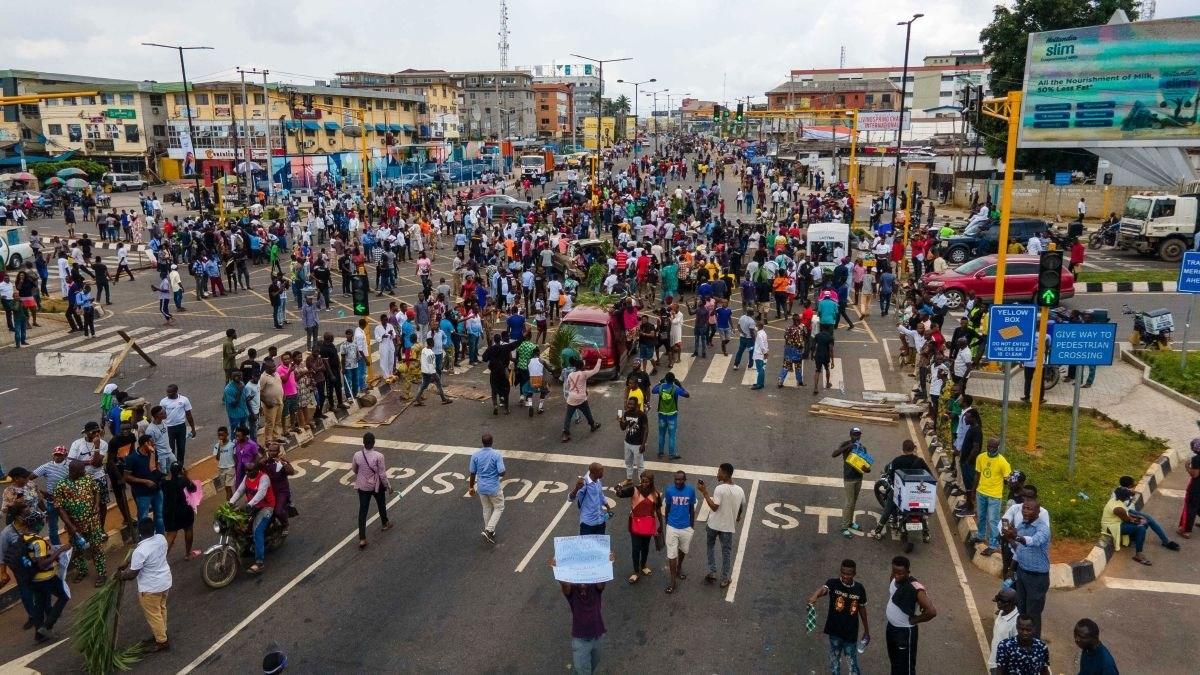 الشرطة النيجيرية تطلق النار على محتجين في لاغوس