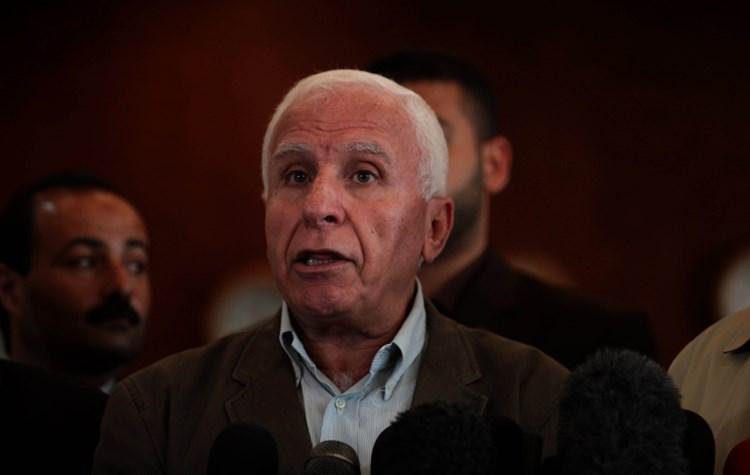 عضو اللجنة التنفيذية لمنظمة التحرير عزام الأحمد (صورة أرشيفية).
