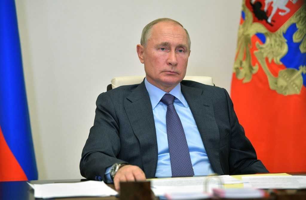 بوتين خلال ترؤسه اجتماعاً افتراضياً مع أعضاء الحكومة - 29 سبتمبر 2020 (أ.ف.ب)