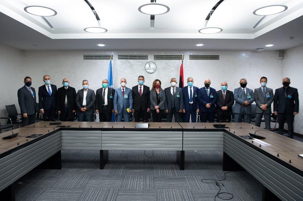 توقيع اتفاق وقف إطلاق النار الشامل في ليبيا بعد محادثات جنيف