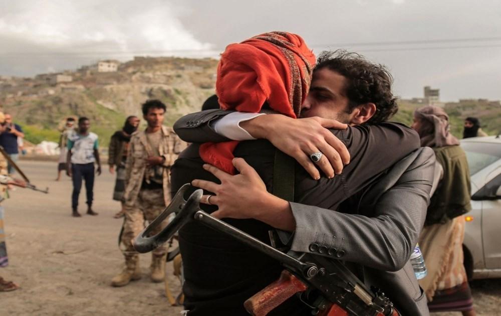 أكبر عملية تبادل للأسرى منذ بداية الحرب اليمنية قبل نحو 6 سنوات (17 تشرين أول/أوكتوبر)