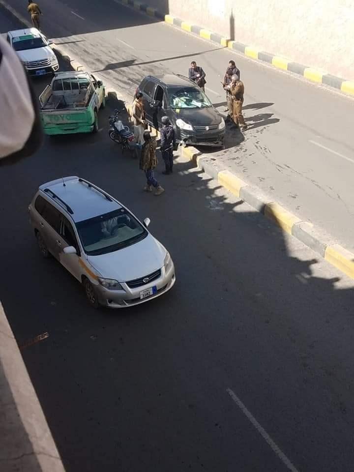 اغتيال وزير الشباب والرياضة أثناء قيادته سيارته في نفق حدة جنوب صنعاء