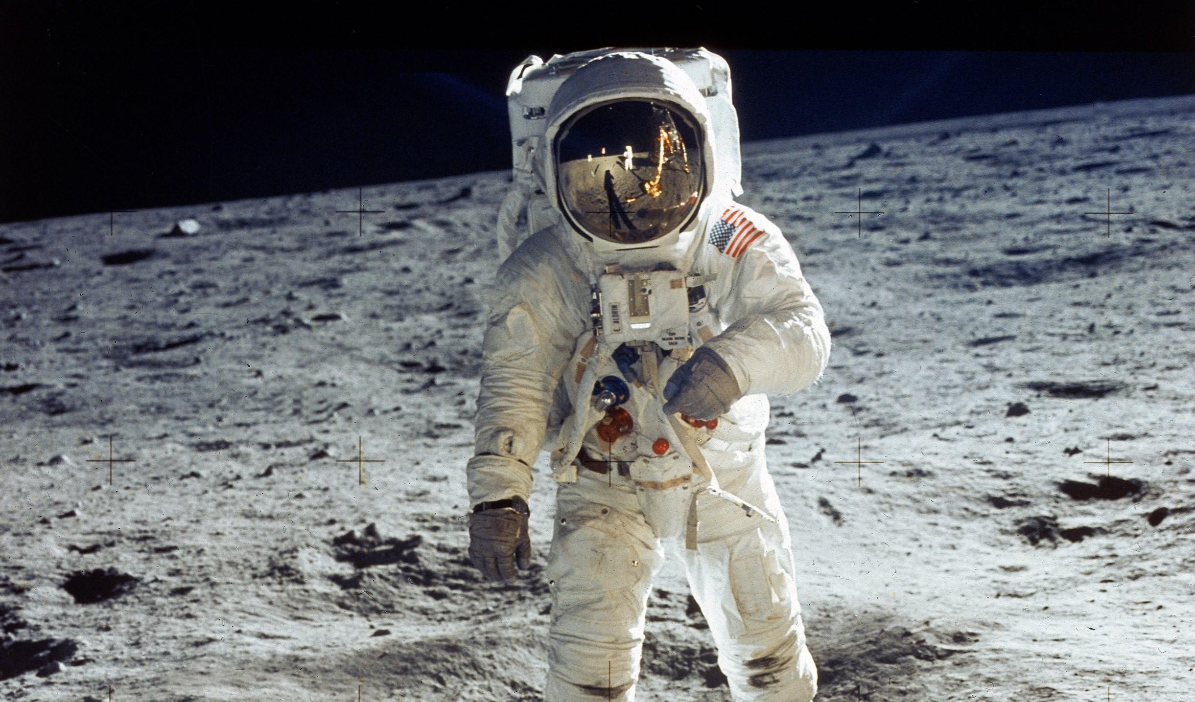 اكتُشف مياه على سطح القمر أكثر مما هو متوقع