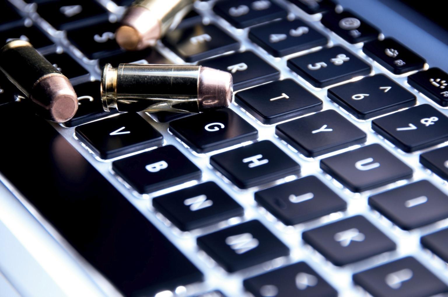 الحرب السيبرانية أو الحرب الافتراضية هي حرب إلكترونية بحتة، وهي أبرز معالم الصراعات السياسية والتجارية بين الدول