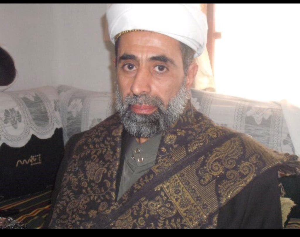 توفي زيد متأثراً بجراحه إثر عملية اغتيال استهدفته صباح الثلاثاء، في نفق حدة جنوب العاصمة صنعاء