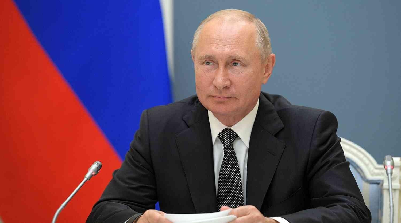 بوتين: مستعدون لبيع حقوق الملكية الفكرية للقاحات الروسية أو المساعدة بإنتاجها