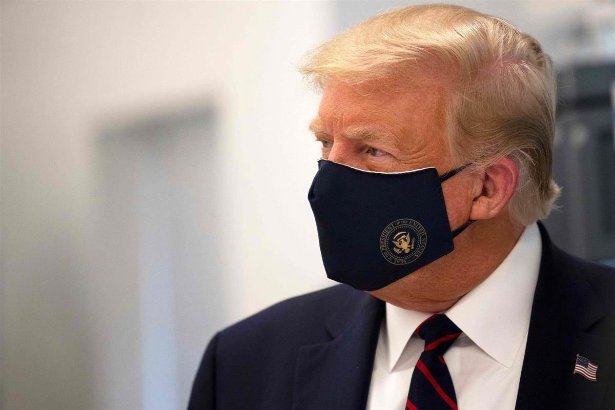 ترامب متعب للغاية ومرهق ويعاني من صعوبة في التنفس بحسب أحد مستشاريه