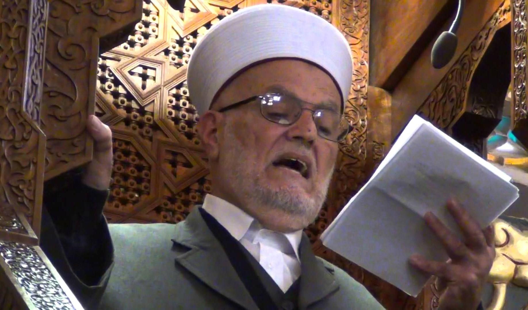 اقتحام قوات الاحتلال يأتي بعد الدعوة الى جمعة غضب نصرة للنبي محمد