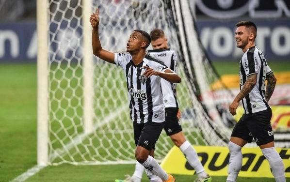 فاز أتلتيكو مينيرو على فاسكو دي غاما 4-1