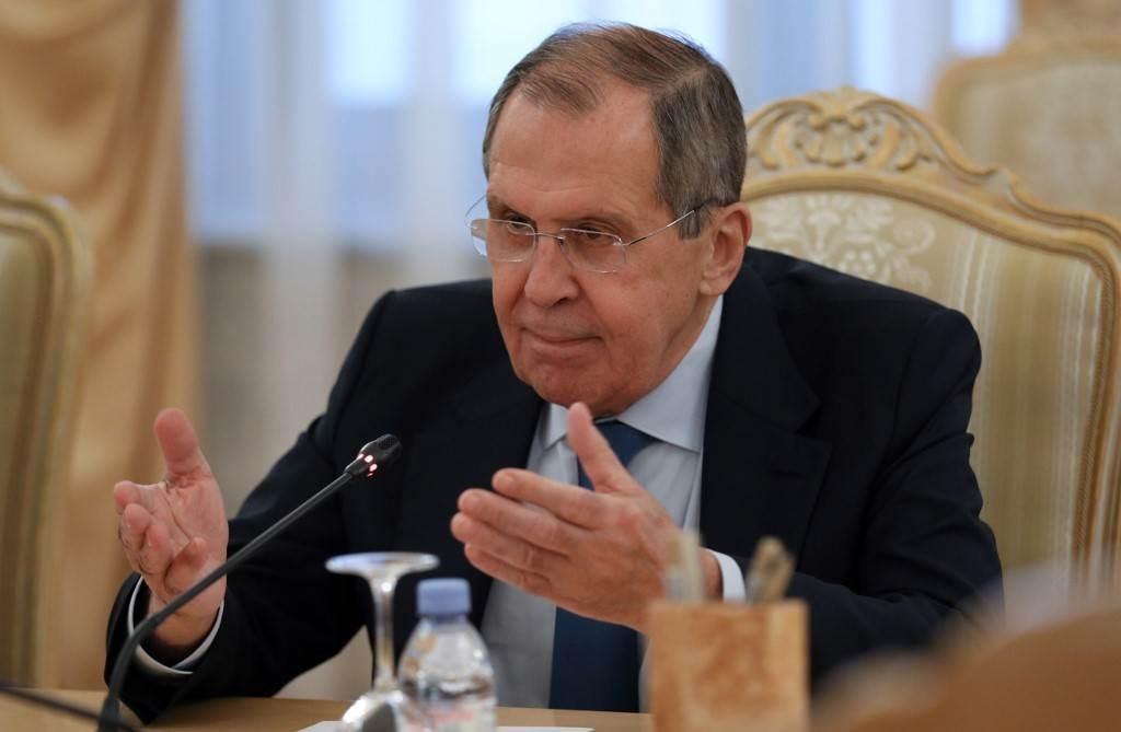 وزير الخارجية الروسي سيرغي لافروف خلال لقاء مع مبعوث الأمم المتحدة إلى سوريا في موسكو - 3 سبتمبر 2020 (أ.ف.ب)