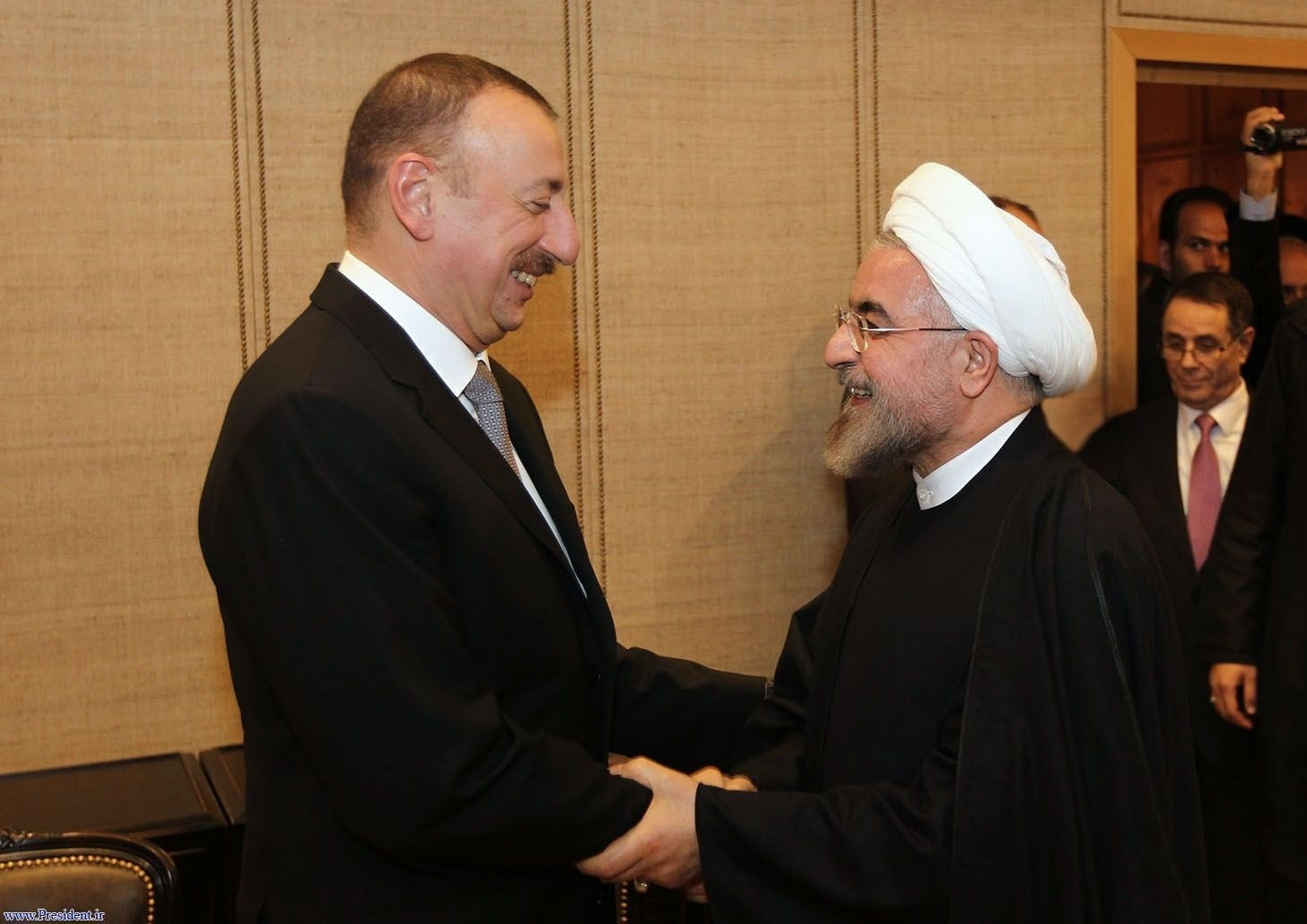 روحاني وعلييف في لقاء سابق