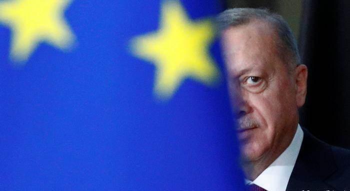 تركيا: تقرير المفوضية الأوروبية منحاز ونؤكد التزامنا بالانضمام للاتحاد