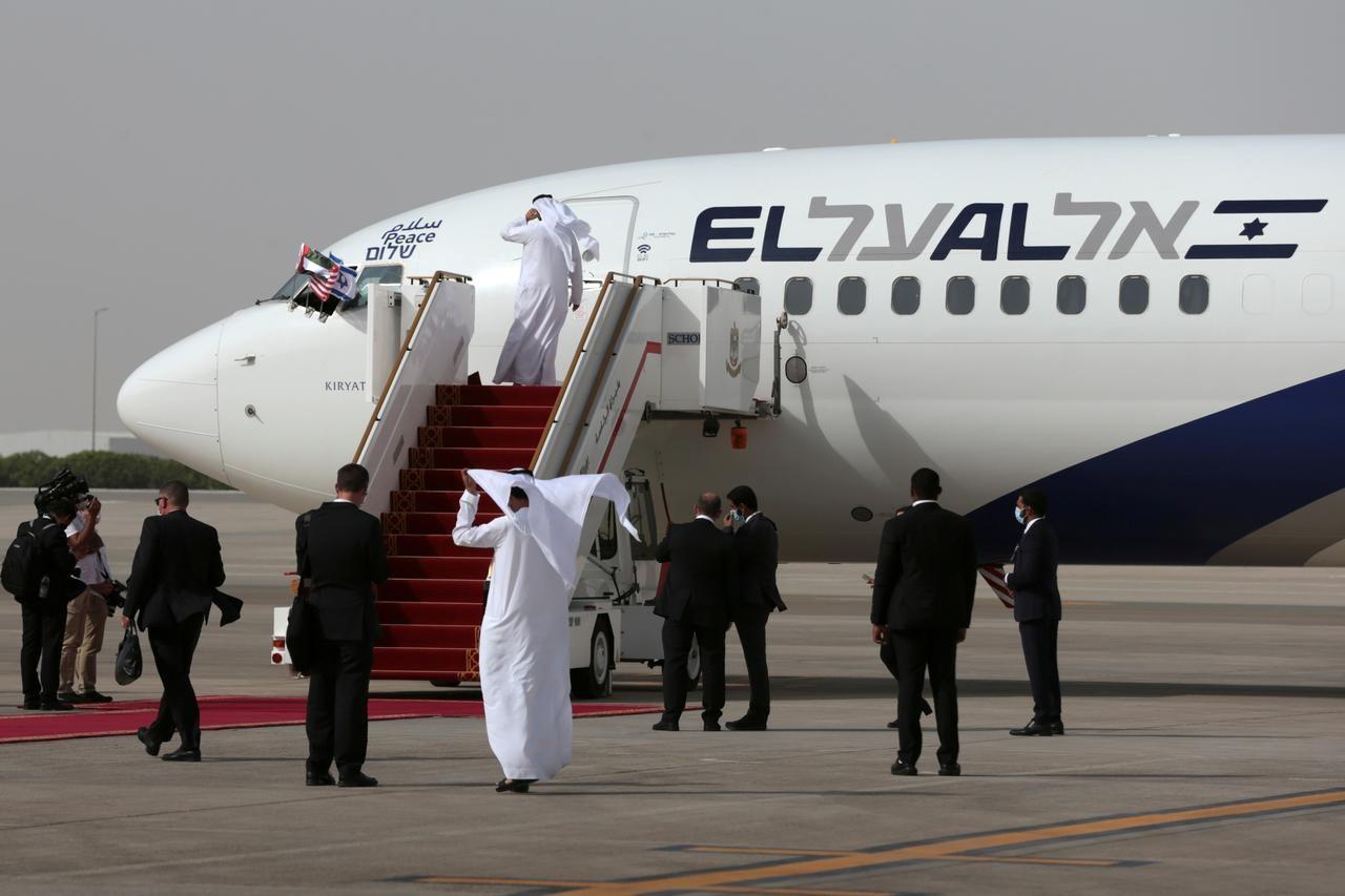 تطبيع الخليج بين عهدين وفتاوى غبّ الطلب