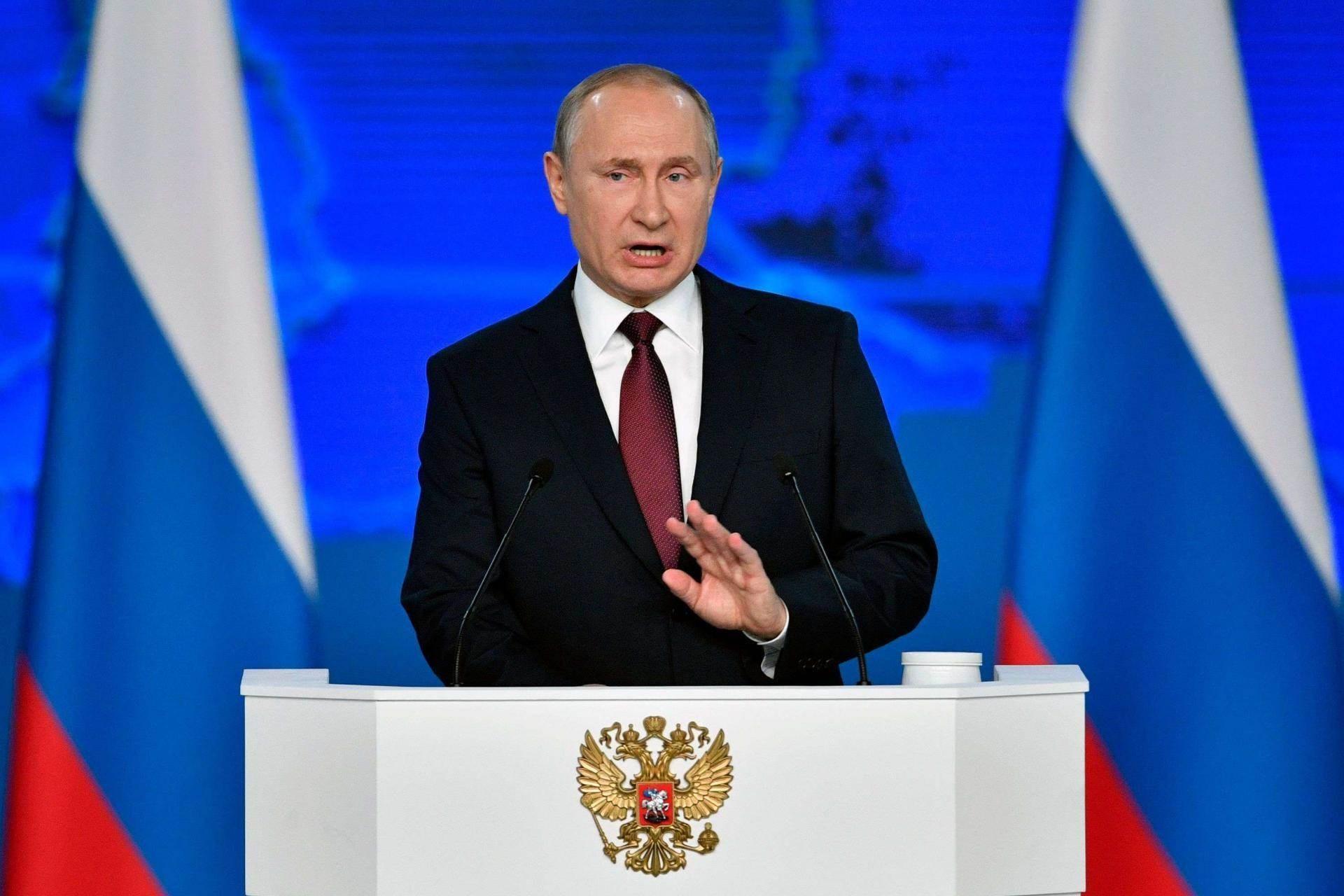 بوتين يدعو أرمينيا وآذربيجان إلى زيارة موسكو