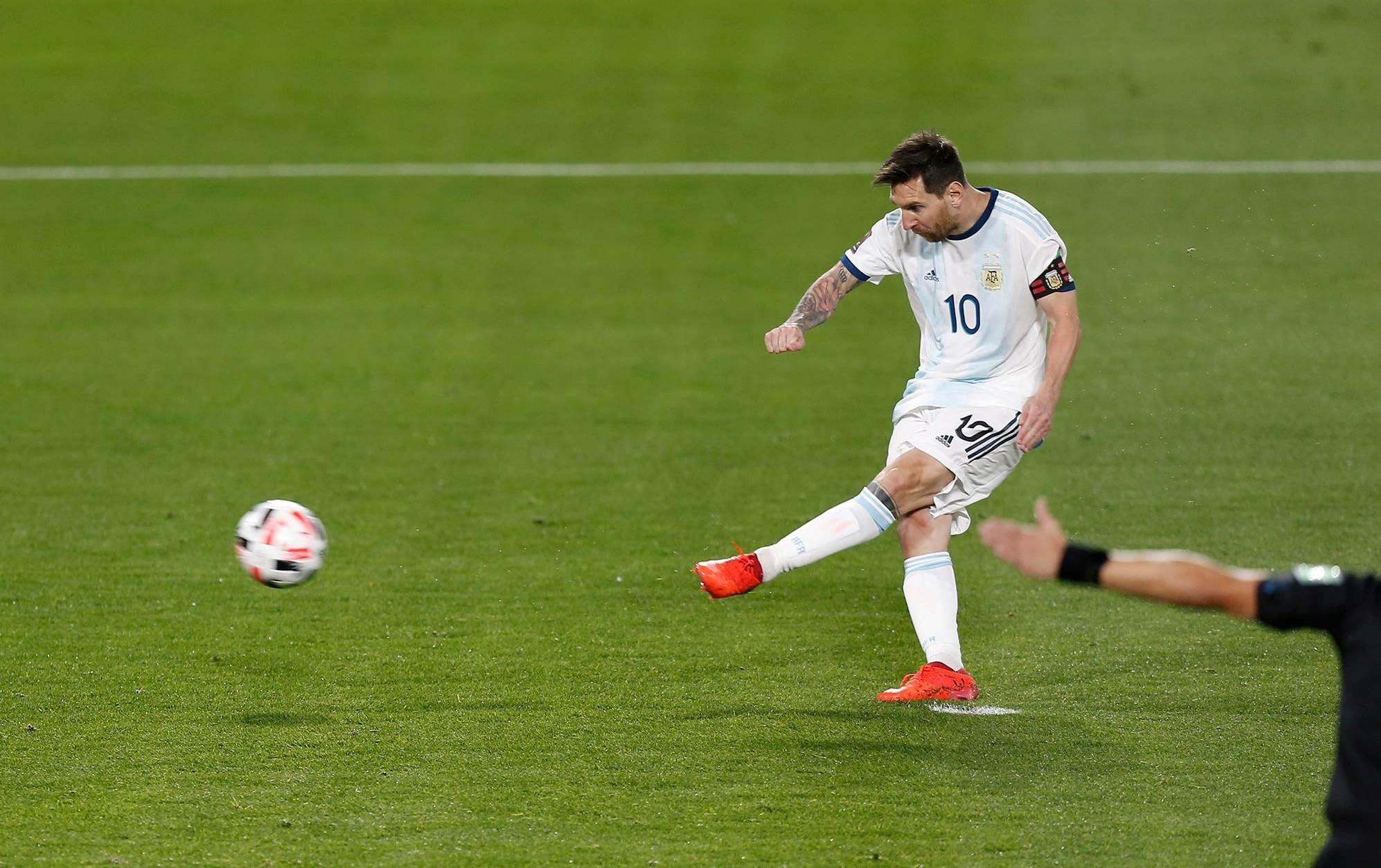 سجّل ميسي هدف الفوز على الإكوادور من ركلة جزاء