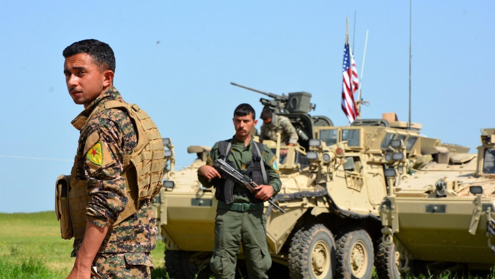 القوات الأميركية تقتحم بلدة ذيبان معقل قبيلة العكيدات (أرشيف)
