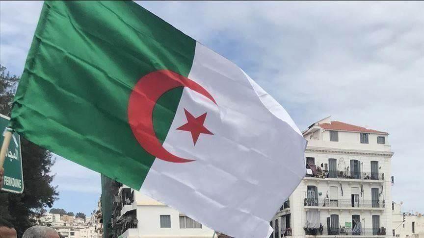 سؤال الهُويات المتغيّرة.. قراءة في المشهد الجزائري