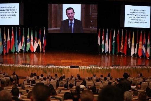 الرئيس الأسد يلقي كلمته بتقنية الفيديو خلال المؤتمر الدولي لإعاة اللاجئين - دمشق 11 تشرين الثاني/نوفمبر (ا ف ب)