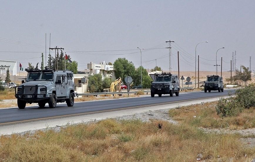 الحكومة الأردنية نشرت وحدات من الجيش والأجهزة الأمنية في مناطق مختلفة في البلاد