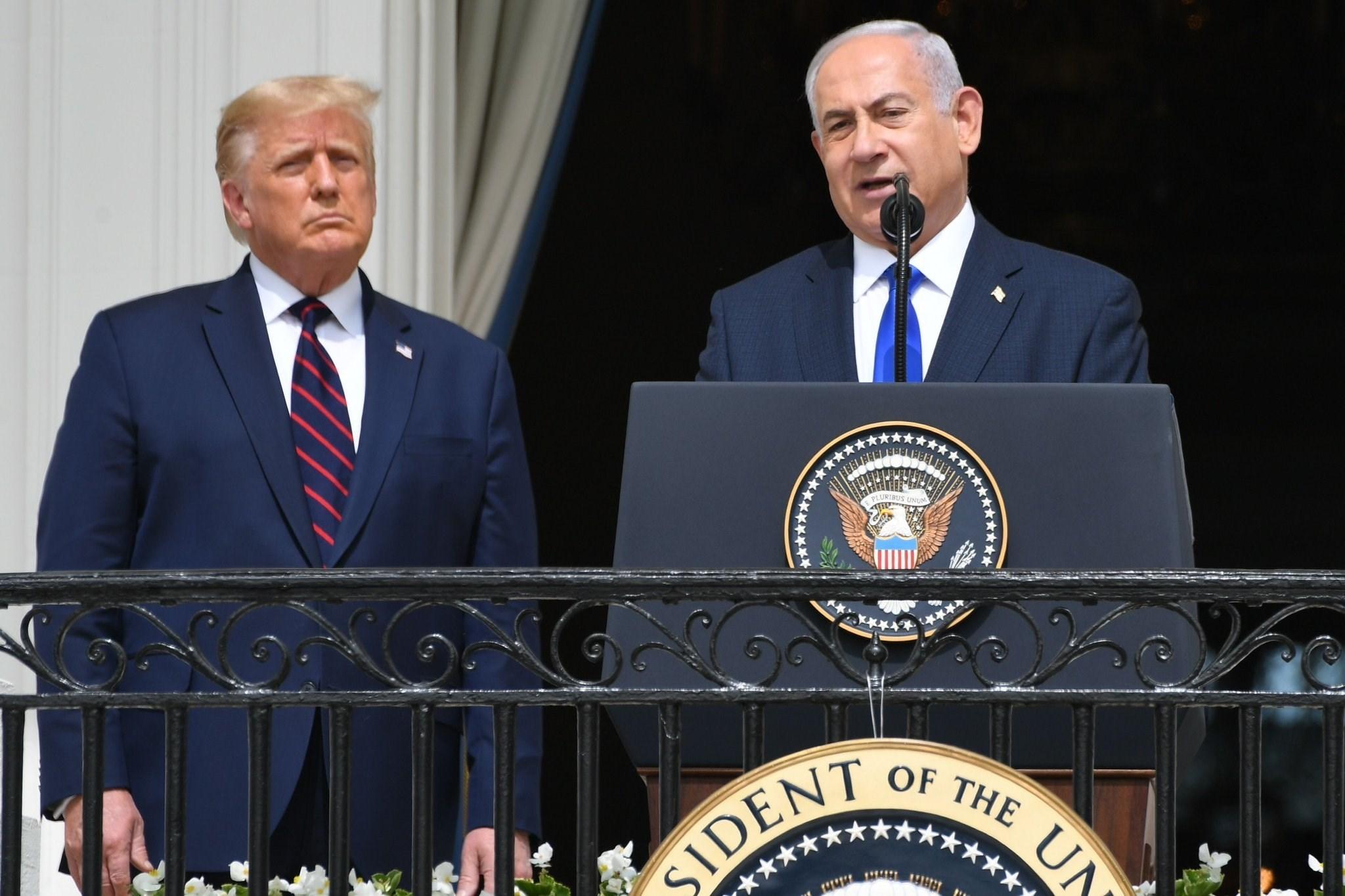 نتنياهو وترامب خلال توقيع اتفاق