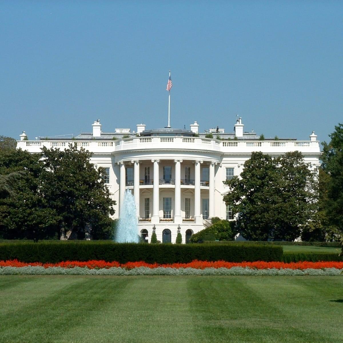 مستشار ترامب الاقتصادي: في البيت الأبيض نواصل العمل كما لو أننا بصدد ولاية ثانية لترامب