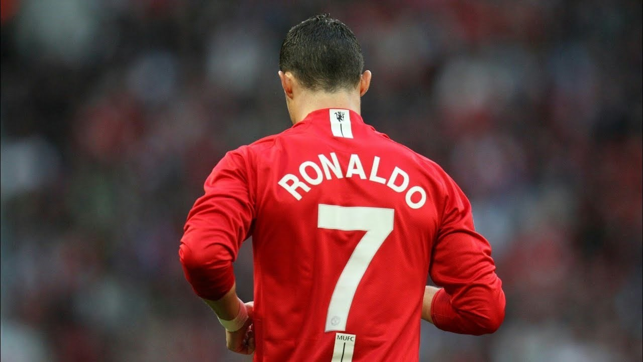 مانشستر يونايتد يحاول إقناع رونالدو بالعودة