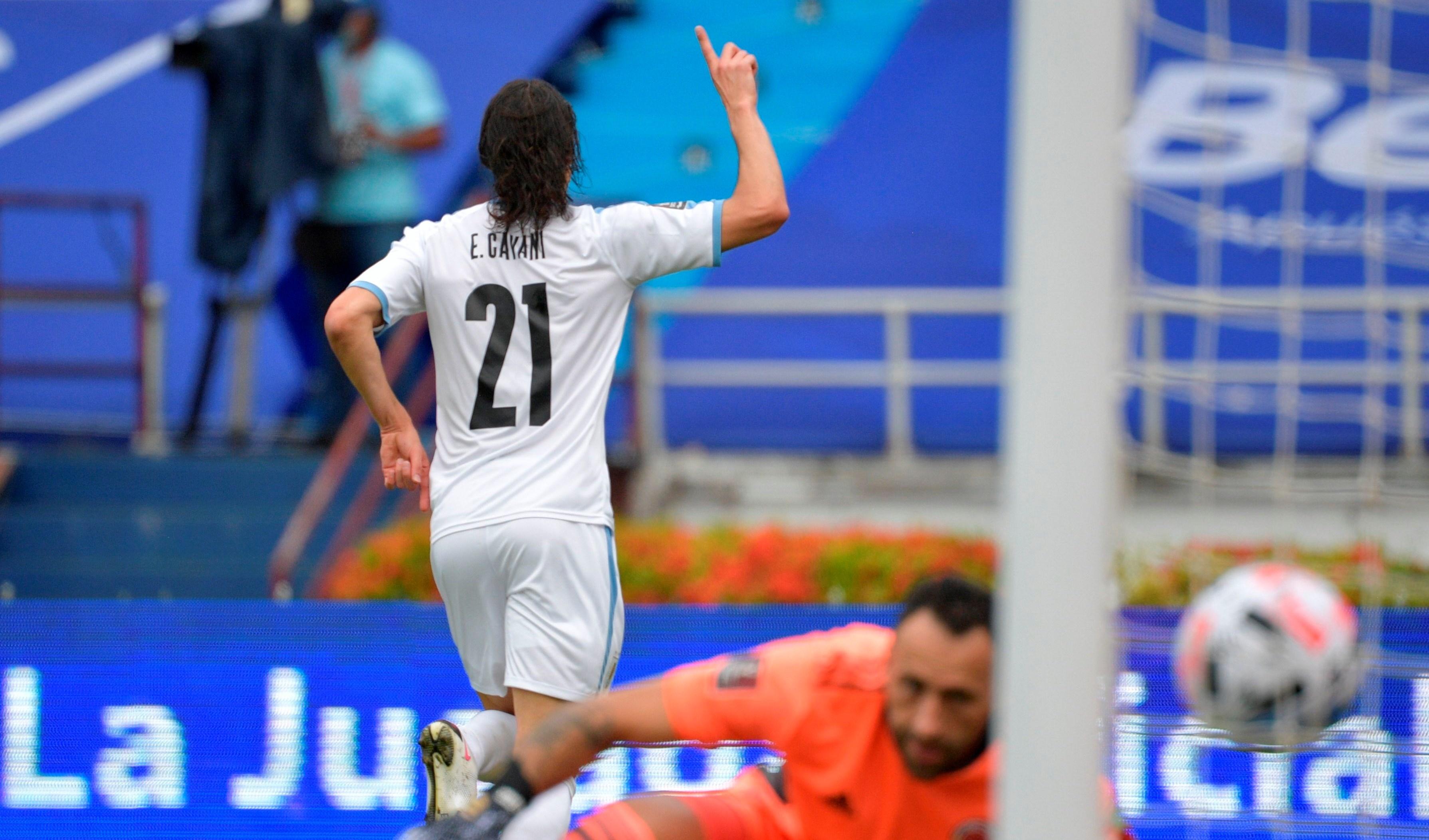 كافاني بعد تسجيله هدف المباراة الأولى