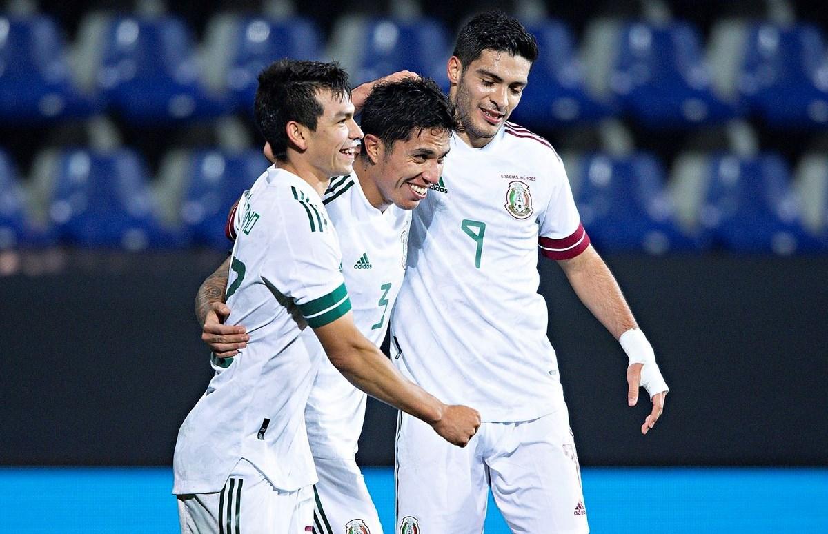 فازت المكسيك بنتيجة 3-2