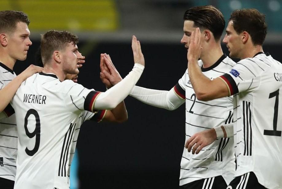 باتت ألمانيا تحتاج إلى التعادل في المباراة الحاسمة أمام إسبانيا لتتأهّل