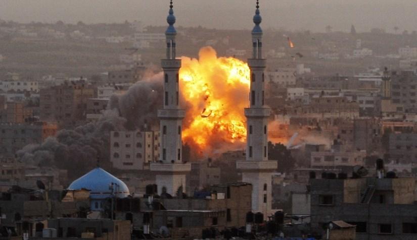 اطلاق نار على غزة (صورة أرشيفية).