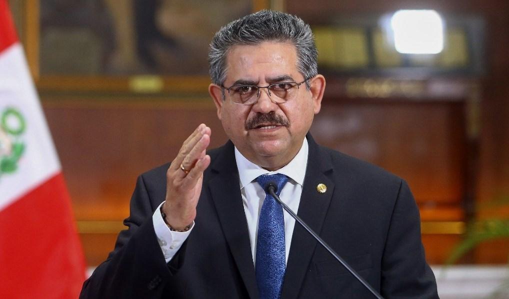 أعلن رئيس البيرو بالوكالة مانويل ميرينو في كلمة متلفزة لاعلان استقالته (أ ف ب)