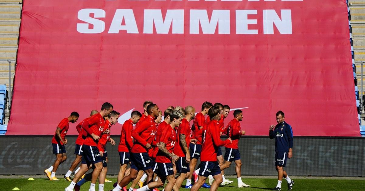 لاعبو منتخب النرويج في التدريبات