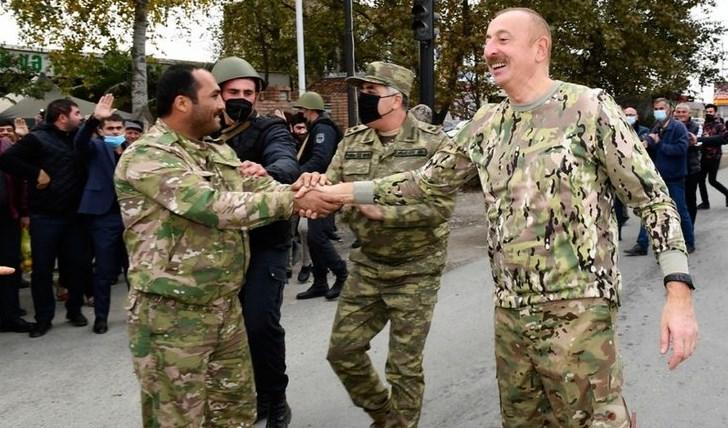 رئيس أذربيجان وزوجته يزوران المناطق التي استعيدت من أرمينيا