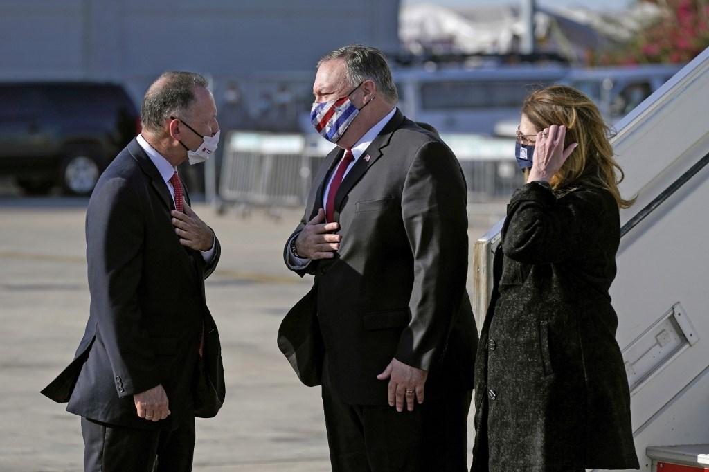 بومبيو يصل إلى فلسطين المحتلة لعقد قمة مع نتنياهو ووزير الخارجية البحريني