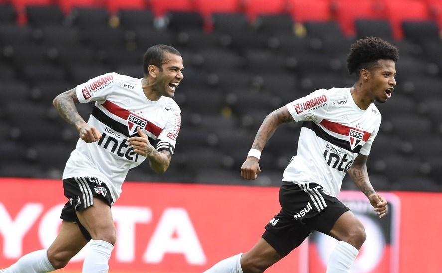 خسر فلامنغو أمام ساو باولو 1-4