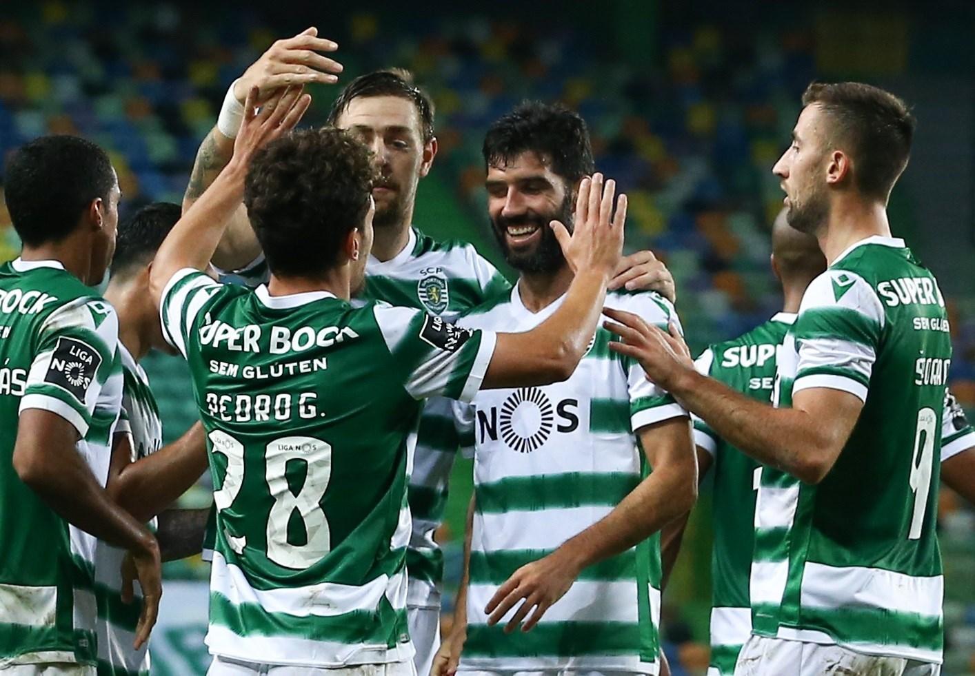 فاز سبورتنغ لشبونة على تونديلا 4-0