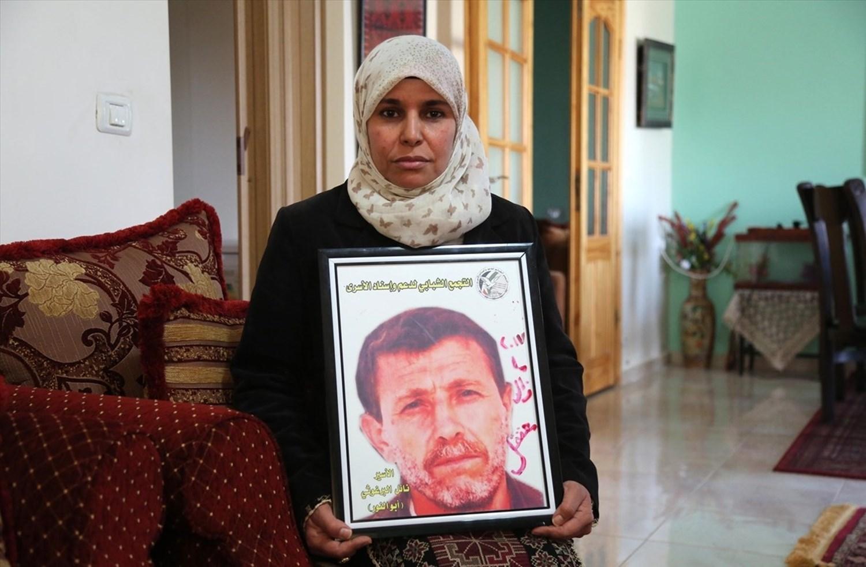زوجة الأسير نائل البرغوثي للميادين نت: أنهى عامه ال 40 في الأسر + عام أتمنى أن لا ينتهي إلا بإطلاق صراحه