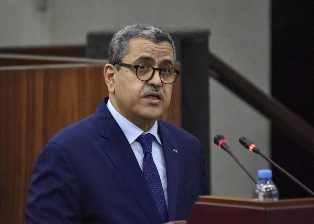 كلمة لرئيس وزراء الجزائر داخل البرلمان (أ ف ب - أرشيف)