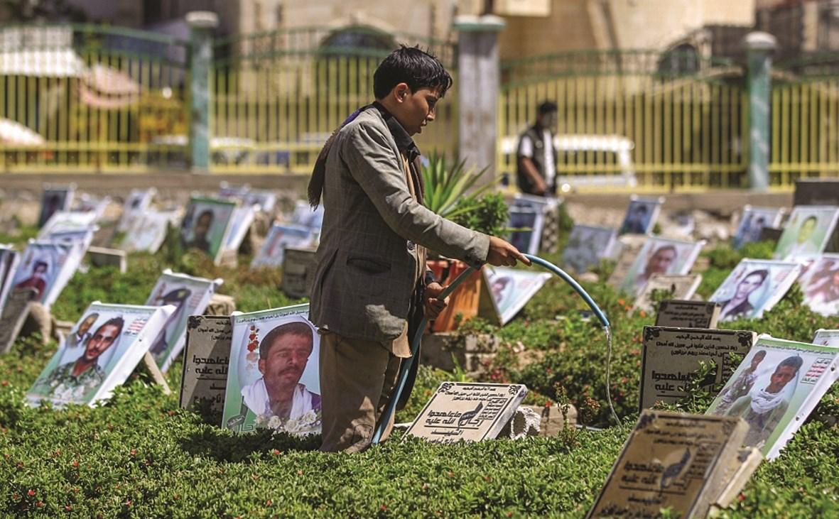 الشعب اليمني تزداد يوماً بعد يومٍ قناعته رسوخاً بالمقاومة، وشعوره بقيمة الإنجازات العظيمة